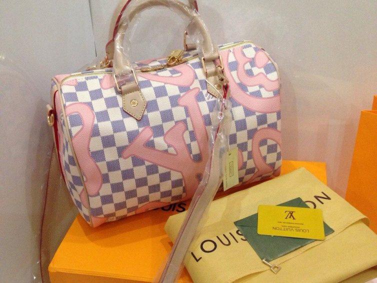 Если вы в поисках сумки, то для вас сумки луивитон у нас!